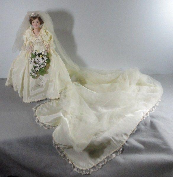 Vintage Danbury Mint Princess Diana Bride Doll And Stand In Original Box