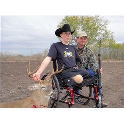 3-day whitetail deer hunt for two hunters in Three Rivers, Texas