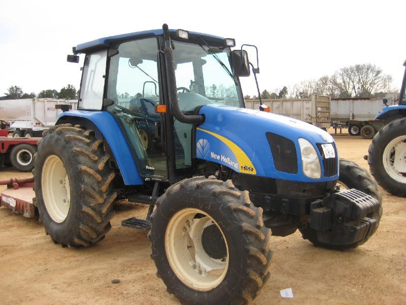 NEW HOLLAND T5050 4X4 FARM TRACTOR