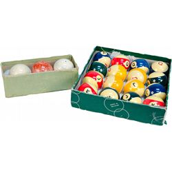 Lot of Billiard/Pool Balls: