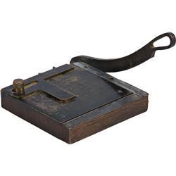 Small Early Wood And Metal Pioneer Playing Card Trimmer