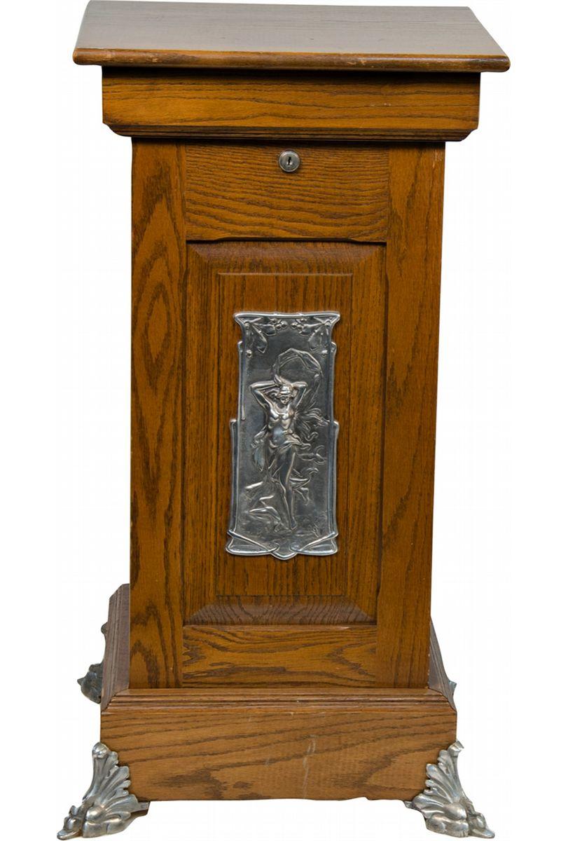 Vintage Slot Machine Stands 4 Sale
