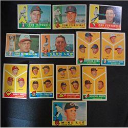 12 1960 Topps baseball cards  EX or better higher series
