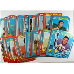 82  1971 Topps football cards NMNT  NICE  with several mint cards  ALL DIFFERENT