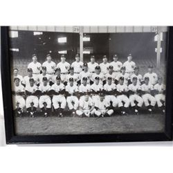 8x10 ORIGINAL NEW YORK YANKEES BLACK & WHITE PHOTO