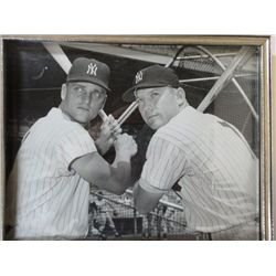 8X10 MICKEY MANTLE & ROGER MARIS BLACK/WHITE PHOTO