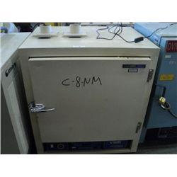VWR 1630D Oven