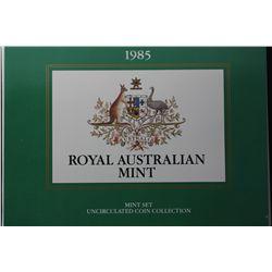1985 Mint Sets x 5