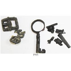 Lot of small artifacts (iron key, encrusted pewter buckles, etc.) with original division documents f