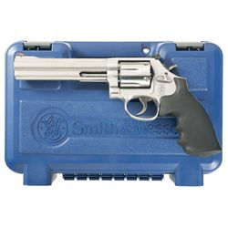 Smith & Wesson Model 686-6 Double Action Revolver with Rocky Mountain Elk Foundation Logo and Factor