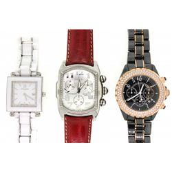 WATCH: (1) Gents stainless and rose gold-plated quartz chronograph wristwatch. No brand name. Bezel