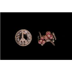RING: (1) Ladies 14k WG diamond and clear synthetic stone peace sign ring. Top is round, 21.5mm with