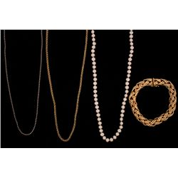 "NECKLACE: (1) Single strand of freshwater pearls with 14ky clasp 18"" long. 5.5 - 6.0mm. CHAIN: (1) 1"