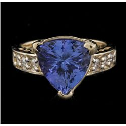 14KT Yellow Gold 4.00ct Tanzanite and Diamond Ring A4560