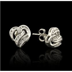 14KT White Gold 0.75ctw Diamond Heart Stud Earrings GB1295