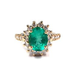 14KT Yellow Gold 1.67ct Emerald and Diamond Ring A3526