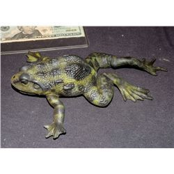 MAGNOLIA SCREEN USED HERO PAINTED UNARMATURED FROG NO RESERVE