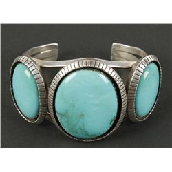 High Quality Ladies Gem Turquoise Cuff