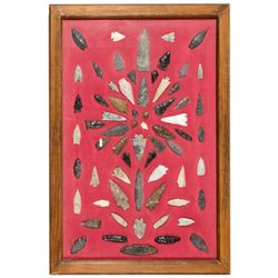 NVCollection of 60 Arrowheads