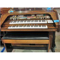 Gulbransen president organ and bench