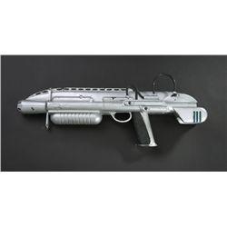 Prop rifle blaster from Men in Black II