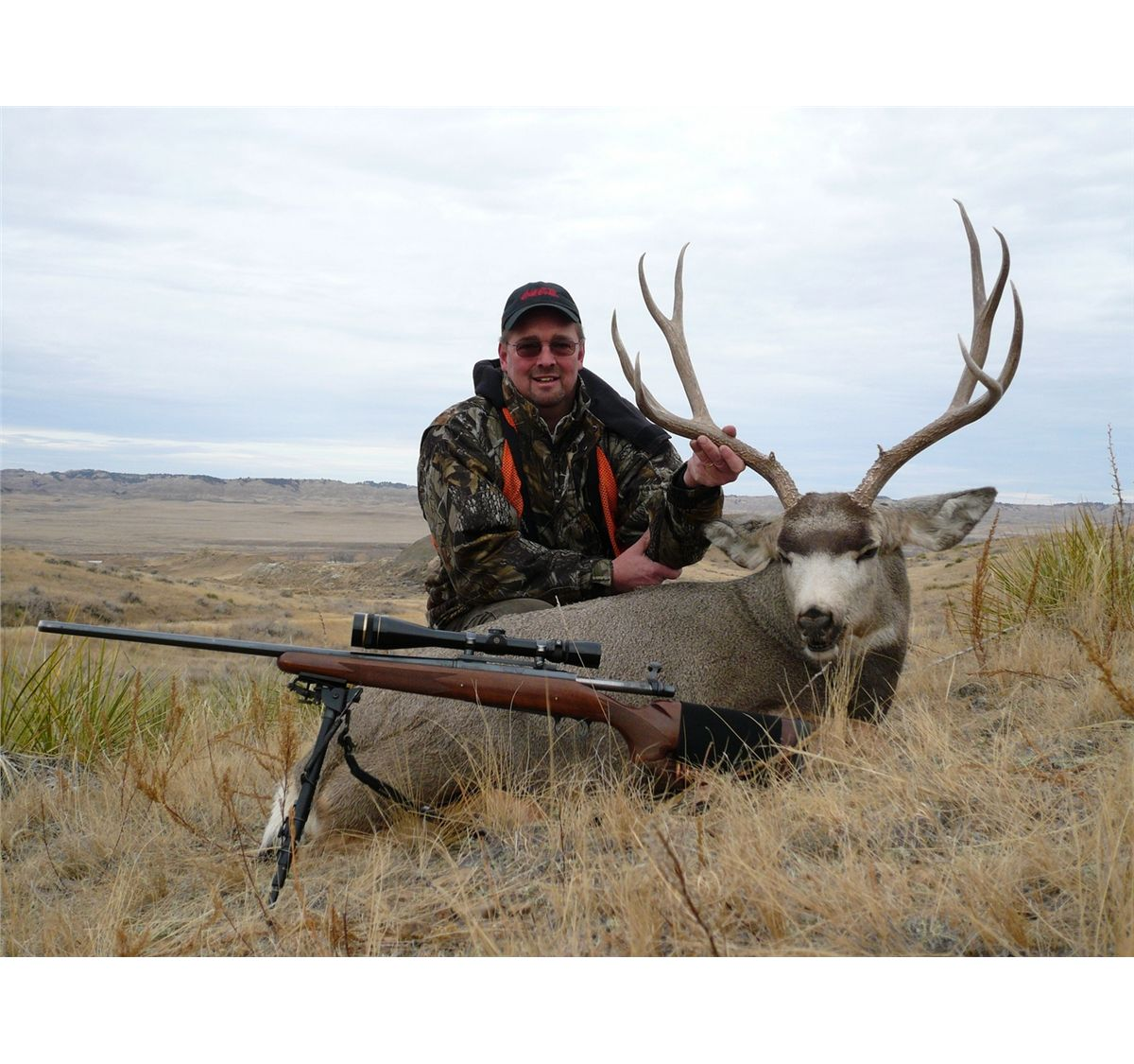 5-Day Eastern Montana Deer Hunt on the Powder River 2014