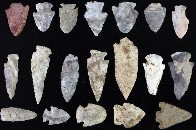 Collection of 19 original arrowheads found