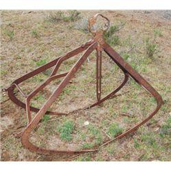 antique loose hay grapple
