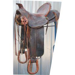 Visalia high back 30-40's saddle
