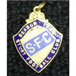 Sturt Football Club Badge, dated 1922, number 818