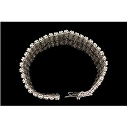 BRACELET:  10KWG (acid tested) bracelet set with 320 rd diamonds, approx. 20.8cttw (avg. 0.065 cts,