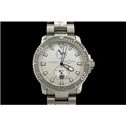 WATCH: Men's st.steel Ulysse Nardin Maxi Marine Diver wristwatch; 40.2mm round case; silver dotted d