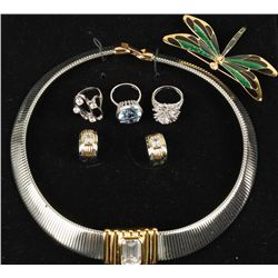 Lot of 5 Pieces of Costume Jewelry
