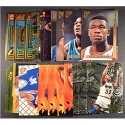 19  --  1995 - 96 Specialty Cards (4-Topps Gallery The Masters,