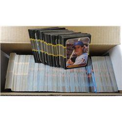 681 - 1987-88 Donruss Baseball Cards, duplicates, lots of Rookies, HOF.