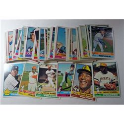 100 - 1976 Topps Baseball Cards.  Nice NM Run from #144 to #286.