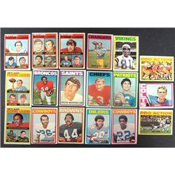 100 - 1972 Topps Football Cards.  Mostly EM-EX.