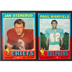 100 - 1971 Topps Football Cards.  Mostly EX.