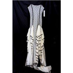 Lot [1] DRESS: [1] Ivory and black corset ruff lace, size S