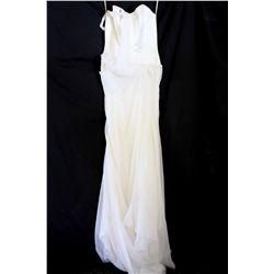 Lot [1] DRESS: [1] Yolanda ivory bustier strapless organza gown, size 8