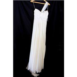 Lot [1] DRESS: [1] Yolanda ivory shoulder twist chiffon dress, size 8