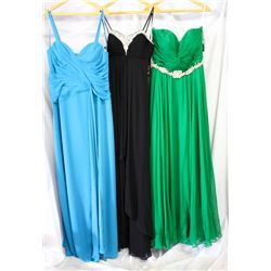 Lot [3] DRESSES: [1] Turquoise applique sash gown, size 12w, [1] Black beaded sweetheart gown, size