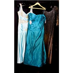 Lot [3] DRESSES: [1] Stephen Yearich gown, size 14, [1] Teal gown, size 14, [1] Roosched with gold g