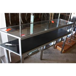 5FT GLASS DISPLAY CASE