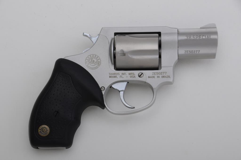 "Taurus Ultra-Lite DA revolver,  38 Special, 2"" barrel, satin finish, combat  hard rubber grips, #50"