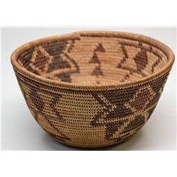 CA - Small Yokut Basket