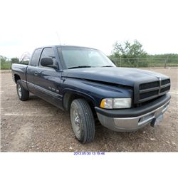2001 - DODGE RAM // REBUILT SALVAGE