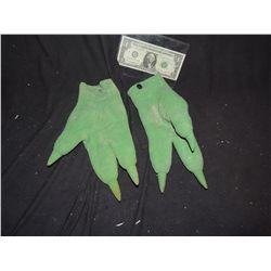 GREEN LATEX 3 FINGER ALIEN GLOVE HANDS NO RESERVE!