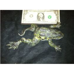 MAGNOLIA SCREEN USED HERO PAINTED UNARMATURED FROG