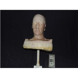 SILICONE HEAD AND BUST SKIN ON UNDER BUST RIG NO RESERVE!